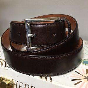"Trafalgar Men's Cortina Leather Dress Belt 44"""